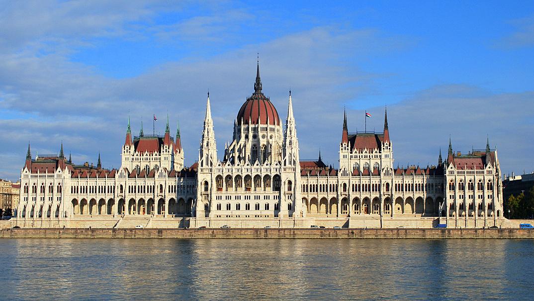 grootste parlementsgebouw Europa