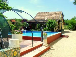 Vakantiewoning Tanya Riaad Kiskunfélegyházi