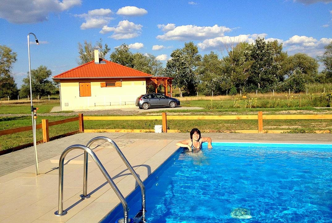 vakantiewoning hongarije poesta bungalow tiszagyenda 01
