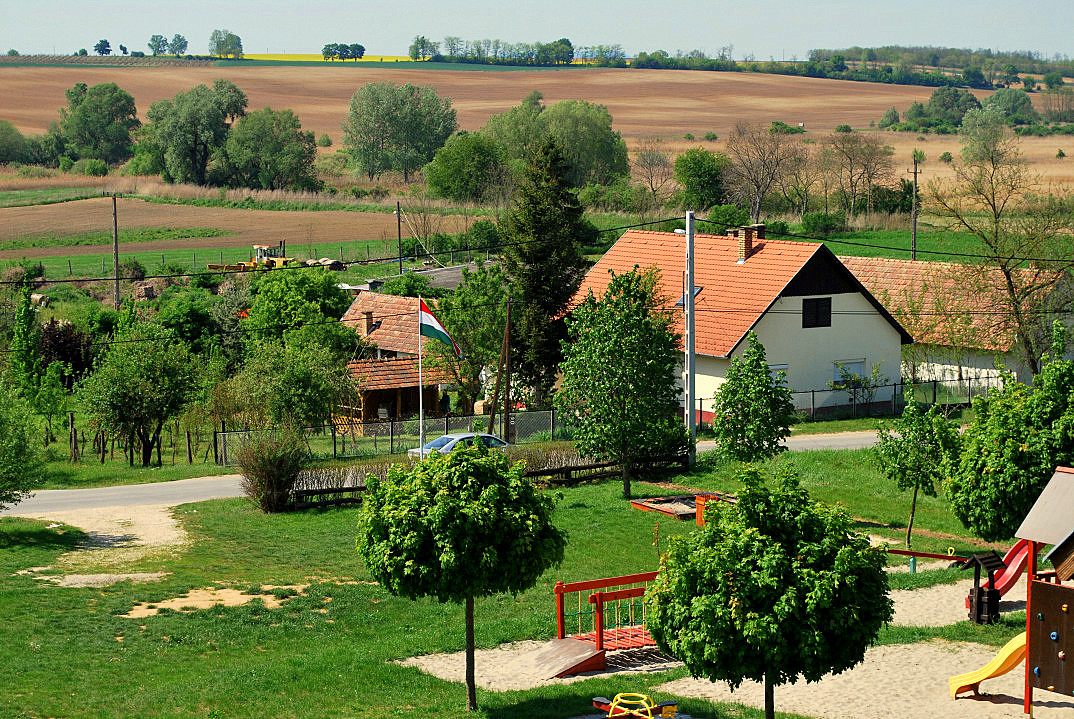 huis kopen bij het balatonmeer csalogany udvar gyugy 01