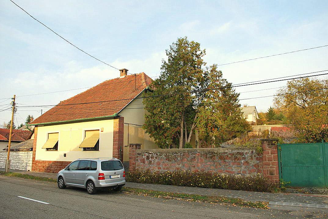 Koophuis in Hongarije Kossuth 40 Sály 01