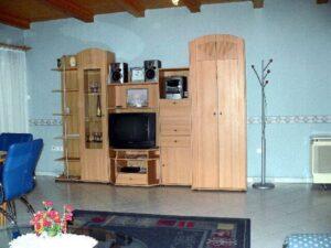 Pine Wood Apartment 7